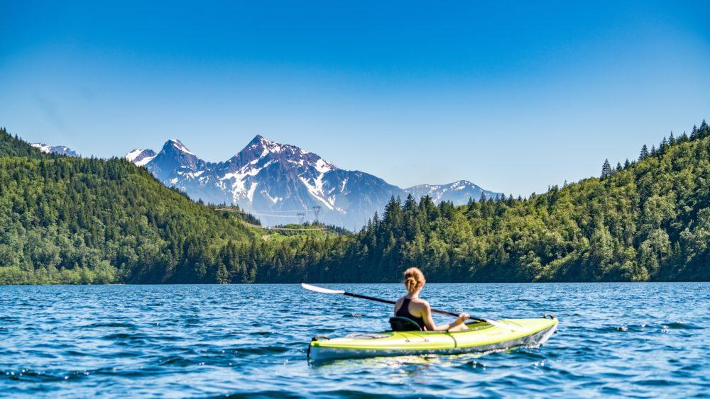 Kayak Tour of America's Cleanest Lake